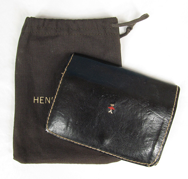87897cbe368d HENRY BEGUELINの古着買取のご案内です。 エンリーベグリンの二つ折り財布財布が入荷しました。エンリーベグリンは1984年に創立されたイタリア のレザー小物ブランド ...