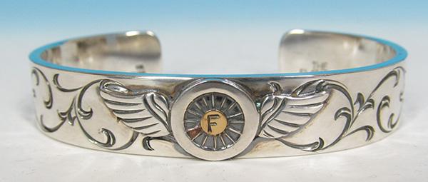 フラットヘッド K18インゴッド付き フライングホイール シルバー バングルの買取